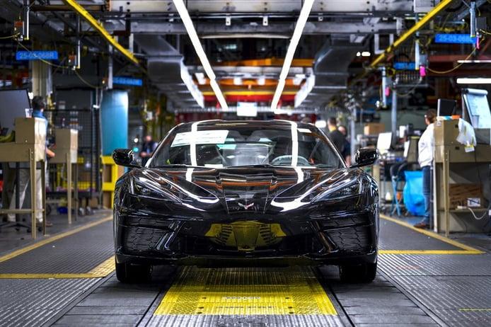 Fabricado el primer Chevrolet Corvette C8, un Corvette de 3 millones de dólares