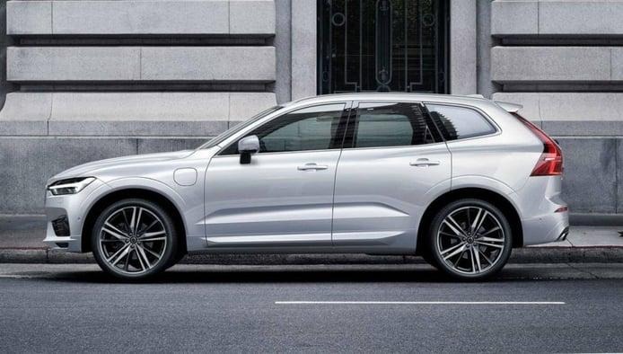El Volvo XC60 estrena nueva versión híbrida enchufable, el T6 Recharge