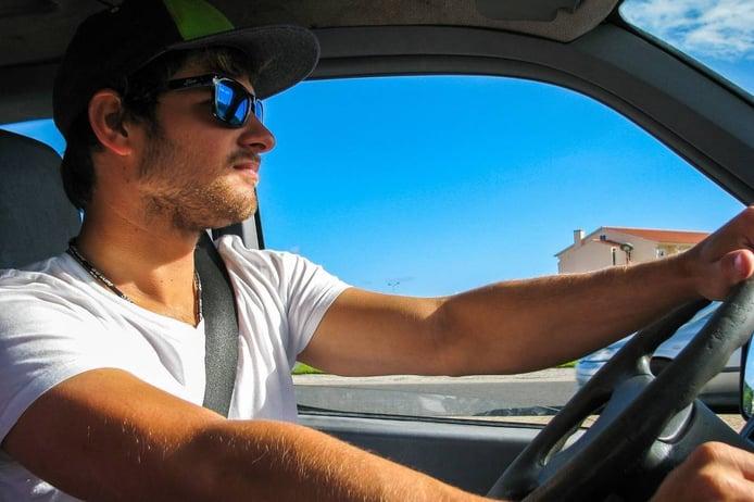 ¿Gafas de sol para conducir? Sí, pero no todas valen...