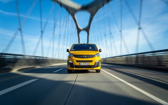El nuevo Opel Vivaro-e se pondrá a la venta en verano, el comercial eléctrico se estrena