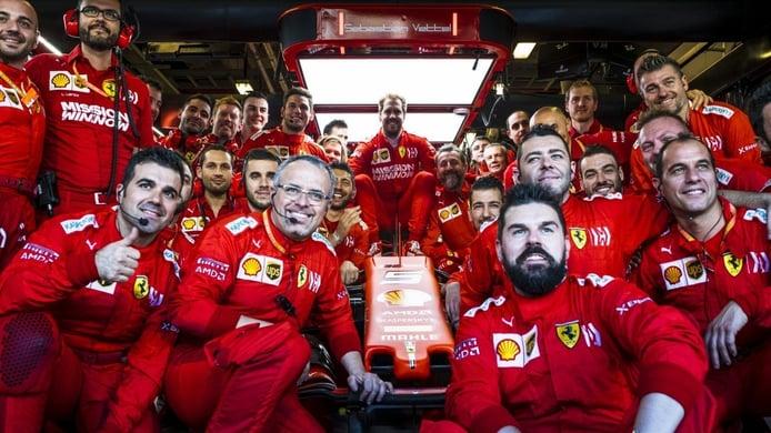 Ferrari despide a Vettel: «No ha sido fácil dado su valor como piloto y como persona»