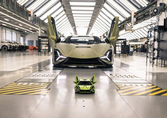 Lamborghini Sián de LEGO Technic: desearás volver a encerrarte en casa