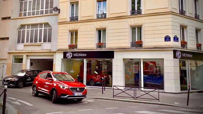 Morris Garage acelera su expansión por Europa abriendo un concesionario en París
