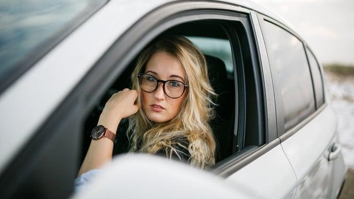 ¿Cuánto es la multa por no identificar al conductor y cómo lo hago?
