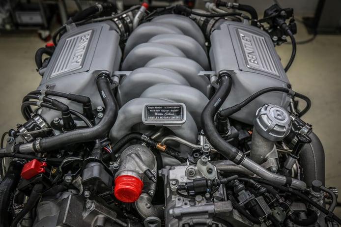 Bentley fabrica el último V8 de 6.75 litros tras 61 años en producción