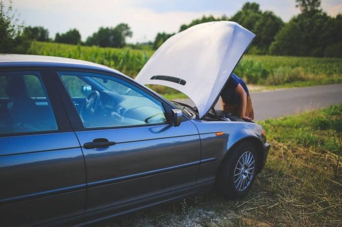 Qué hacer si tu coche se queda sin batería