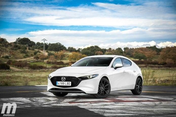 Mazda anuncia el teaser de una nueva versión Turbo para el Mazda3