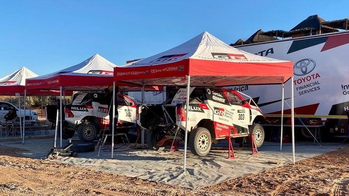 Giniel de Villiers y Toyota reinician los test de cara al Dakar 2021