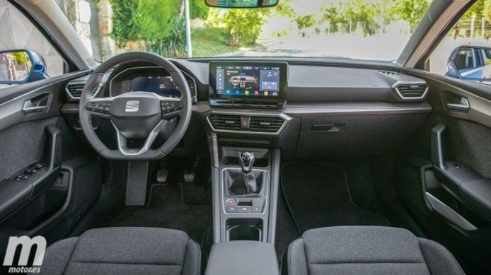 SEAT León 2020 - interior