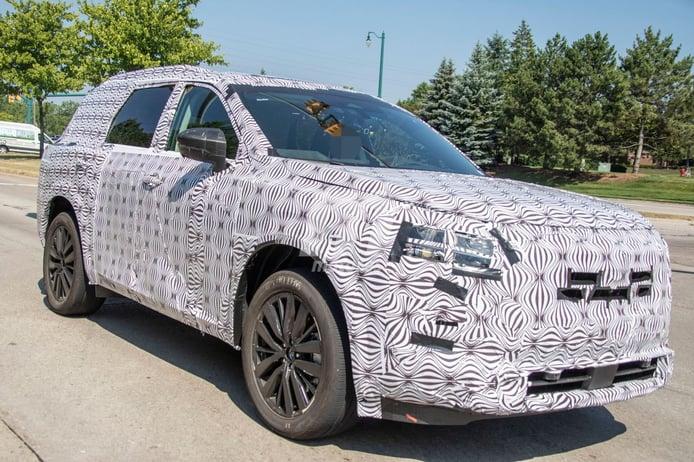 El Nissan Pathfinder 2022 nos muestra su enorme pantalla central por primera vez
