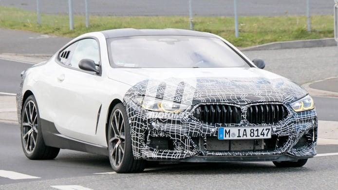 Cazada una mula de BMW con motor central, ¿es el esperado Vision M Next?