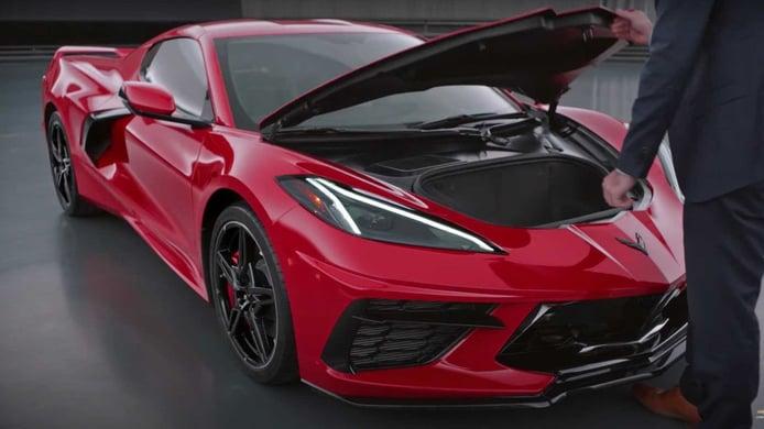 El problema del 'capó volador' del Chevrolet Corvette ya es una llamada a revisión