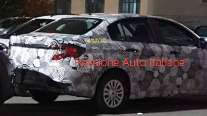 FIAT Tipo Sedán 2021, primeras fotos espía del «facelift» que está de camino