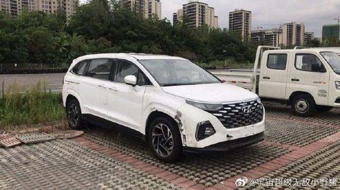 Hyundai Custo: al descubierto el nuevo MPV de Hyundai