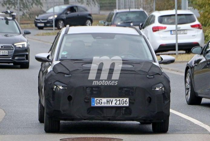 Primeras fotos espía del nuevo Hyundai i20 Active 2022, ¡interior incluido!
