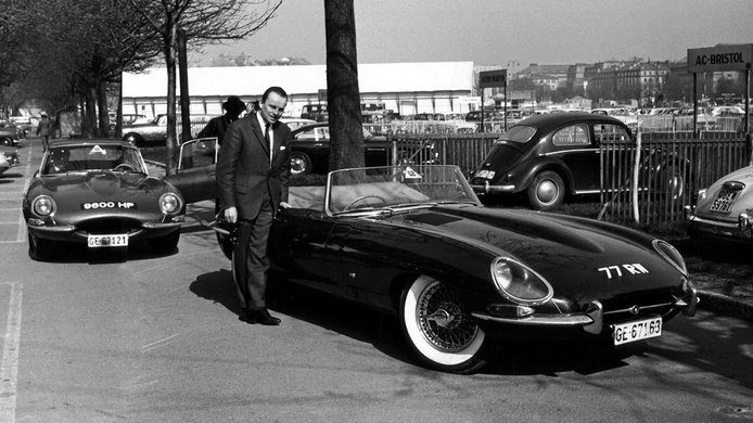 La última edición del Jaguar E-Type homenajea dos grandes anécdotas del modelo