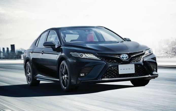 El nuevo Toyota Camry Black Edition celebra el 40º aniversario del modelo