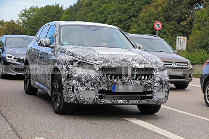 El futuro BMW X1 2022 muestra su interior por primera vez