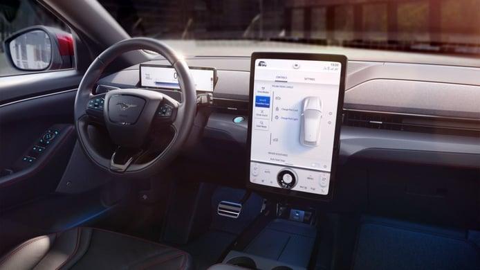 Ford estrena la 4ª generación del sistema multimedia SYNC a bordo del Mustang Mach-E