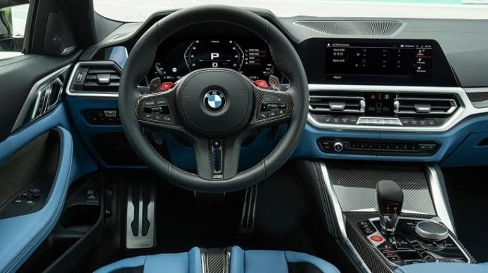 BMW M4 Coupé 2021 - interior