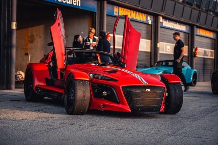 Donkervoort D8 GTO-JD70 R, el deportivo holandés ahora más radical y solo para circuito