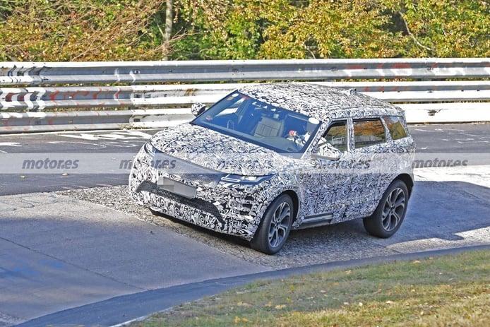 El nuevo Land Rover Evoque LWB de 7 plazas traslada sus pruebas a Nürburgring