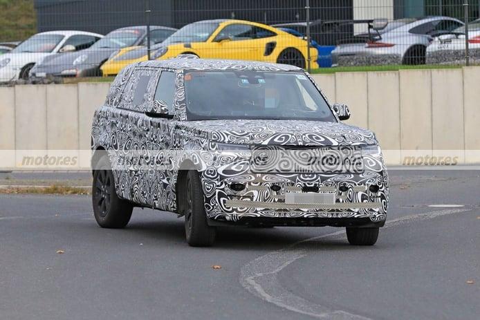 El nuevo Land Rover Range Rover LWB 2022, cazado con nuevos detalles a la vista