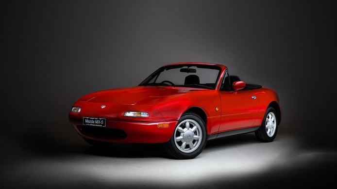 Mazda lanza en Europa el catálogo de nuevos repuestos para el clásico MX-5 NA