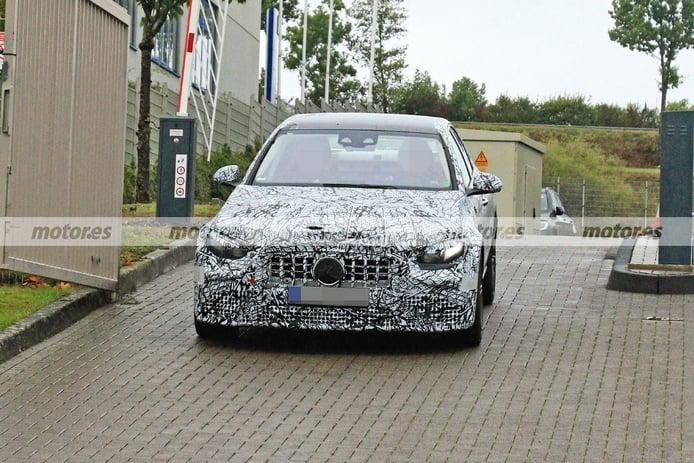 Primeras fotos espía del Mercedes-AMG C 63 e 2022, la berlina deportiva híbrida enchufable