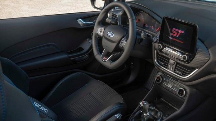 Ford Fiesta ST Edition - interior