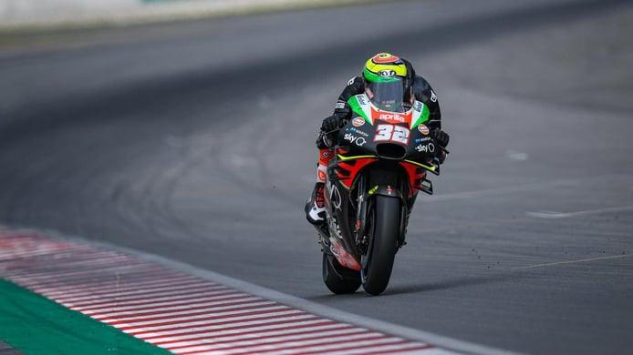 Aprilia decidirá su segundo piloto de MotoGP entre Smith y Savadori