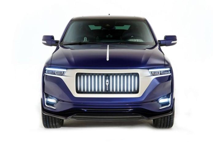 Aznom Palladium, el one-off italiano que fusiona una limusina con un SUV