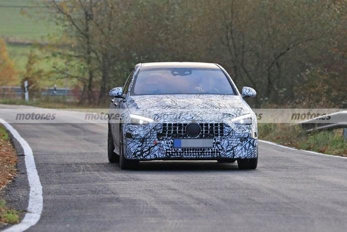 Nuevas fotos espía del Mercedes-AMG C 43 2021, la berlina deportiva sigue en pruebas