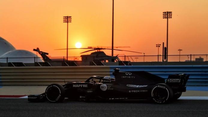Los test de Fernando Alonso con Renault en Bahréin y Abu Dhabi, en vídeo