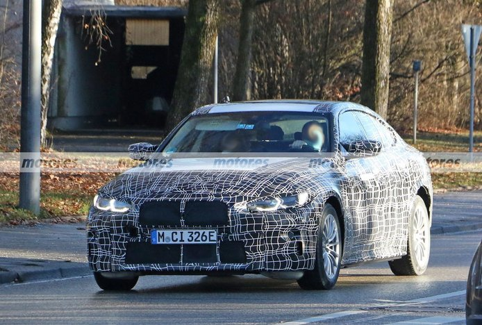 El nuevo BMW i4 M50 xDrive reaparece en fotos espía con nuevos detalles
