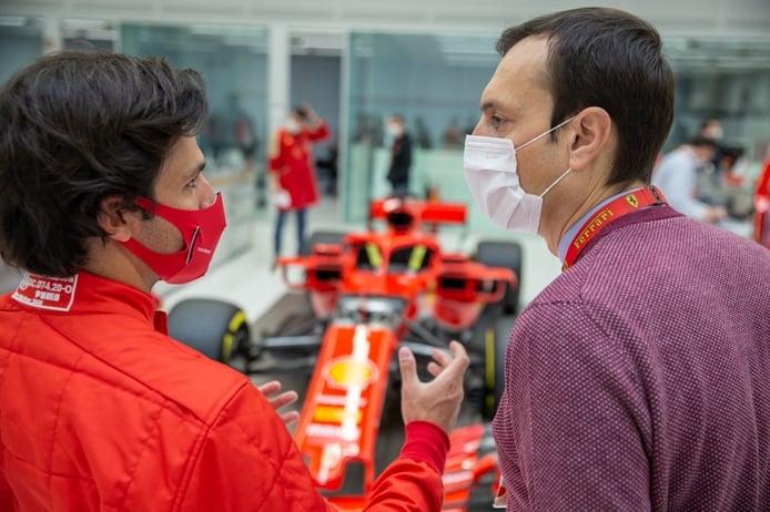 Sainz vive ya el sueño de Ferrari: «Llego sin fecha de caducidad, para crear un ciclo»
