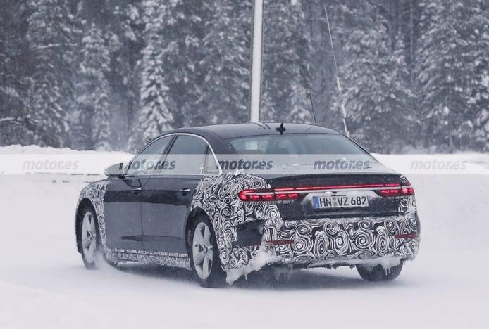 Foto espía Audi a8 L Facelift 2022 - exterior