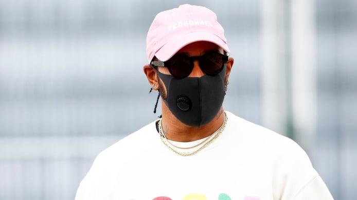Hamilton sigue sin contrato: «Dejaré la F1 cuando no me haga sonreír»