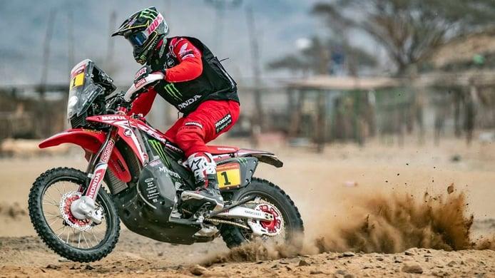 Brabec y Giroud lideran el prólogo del Dakar en motos y quads