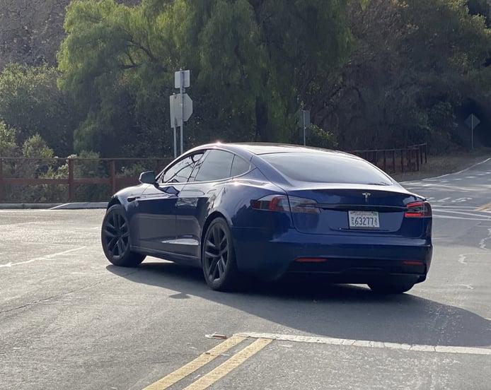 ¡Cazado! Primeras imágenes del nuevo Tesla Model S Plaid 2021 «Refresh»