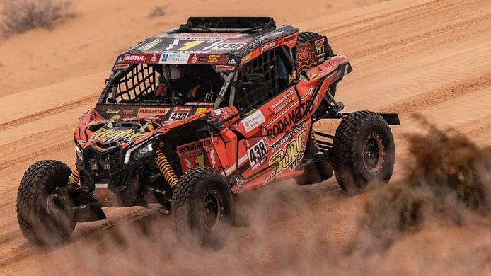 Xavier Blanco, copiloto de Ricardo Ramilo, deserta del Dakar en plena etapa