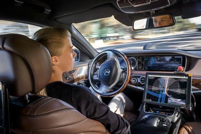 El borrador de la ley de conducción autónoma alemana hace más responsable al conductor