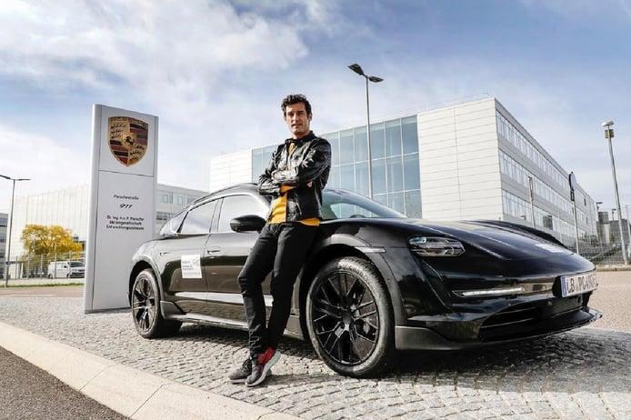 Confirmado: el nuevo Porsche Taycan Cross Turismo estará a la venta en verano