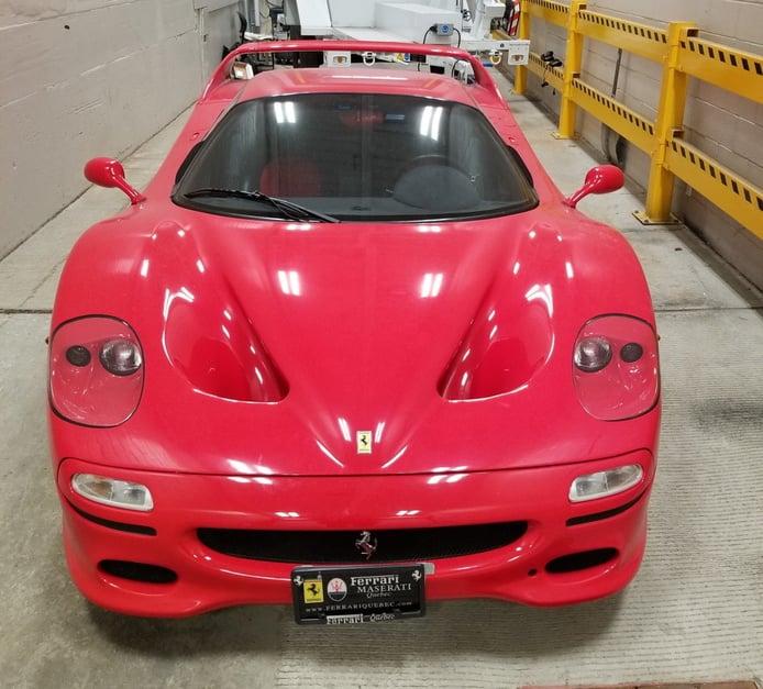 Un Ferrari F50 robado hace 18 años se convierte en el centro de una batalla judicial
