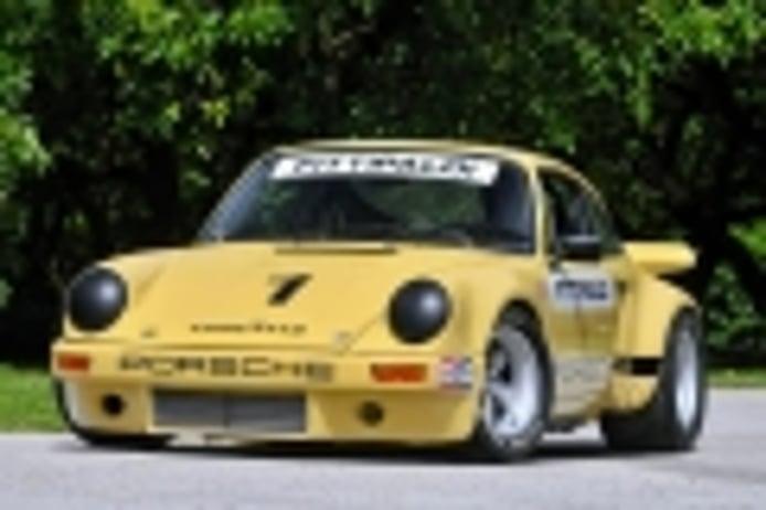 Pieza única: el Porsche 911 RSR IROC Edition de Fittipaldi y Pablo Escobar en venta