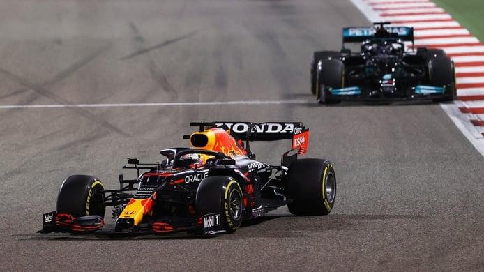 El momento clave del GP de Bahréin: esto le hizo perder a Verstappen la carrera