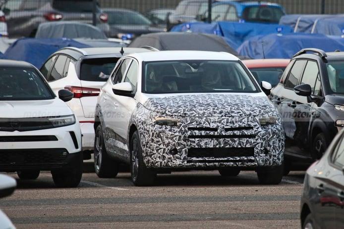 Primeras fotos espía del Opel Grandland 2022 con las novedades de su próximo facelift