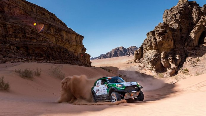 Yasir Seaidan se impone en la Jordania Baja con su MINI JCW Rally