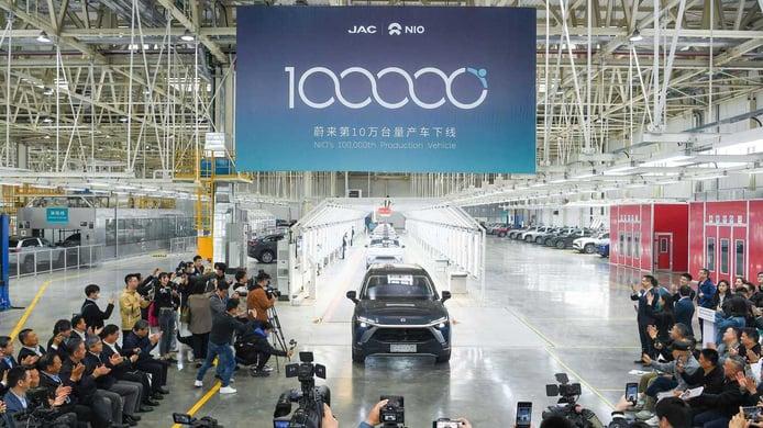NIO logra fabricar la unidad #100.000 de su gama eléctrica en menos de 3 años