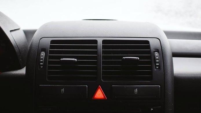 ¿Por qué la calefacción del coche no calienta?